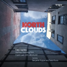 0191061095507 North Clouds